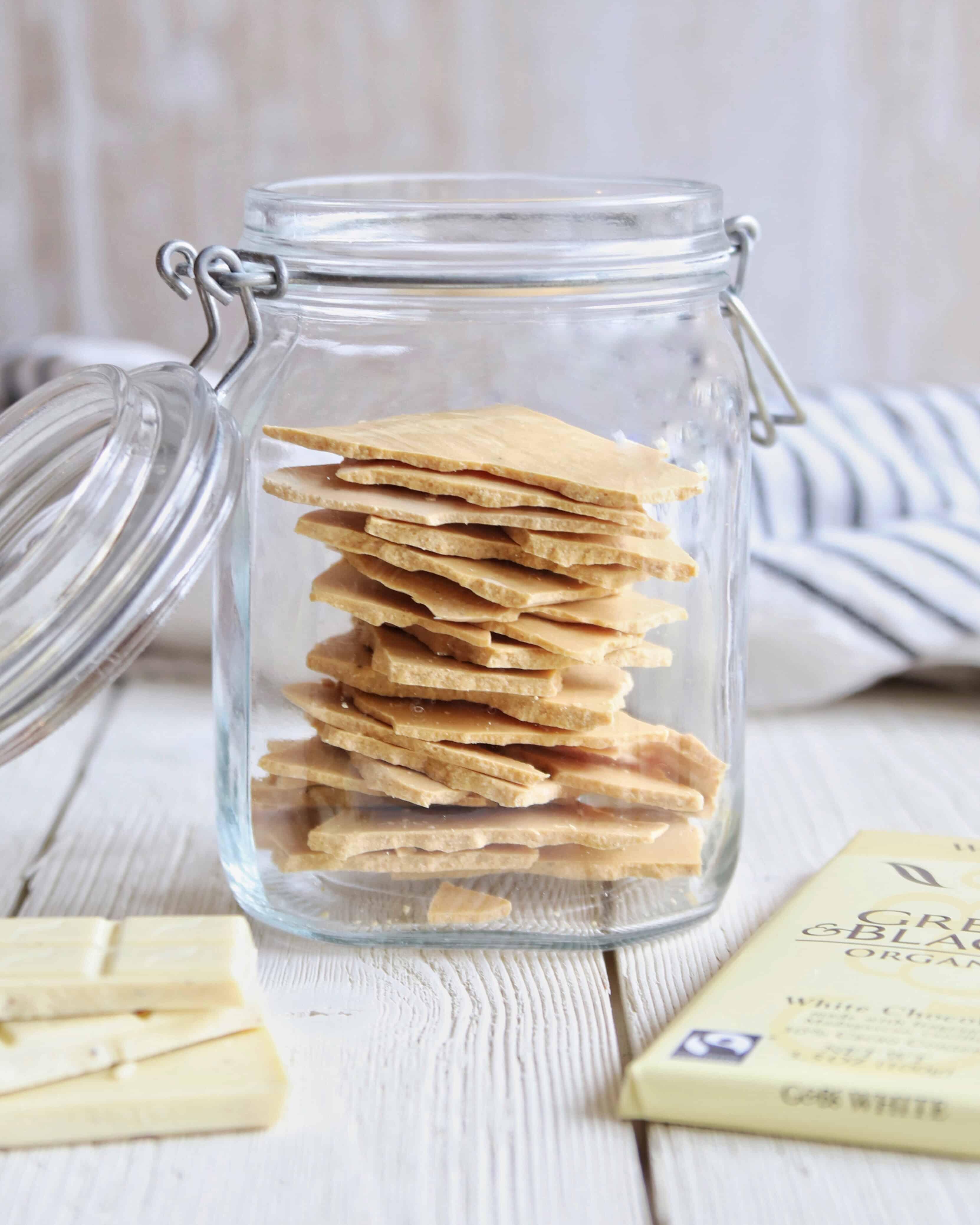 caramelized white chocolate in glass jar